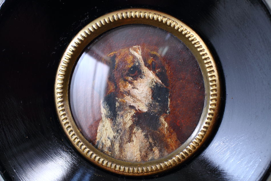 Miniture Portrait of a Foxhound / Oil Painting